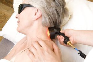Laser therapy on the neck